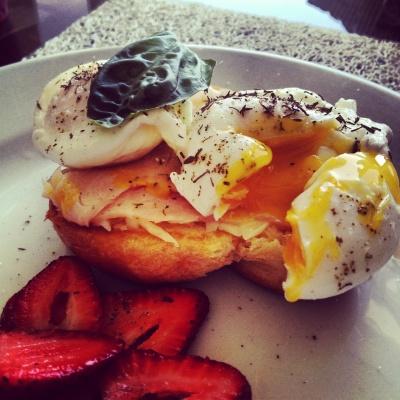 Eggs Bennedict2